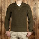 1943 V-Neck Sweater olive